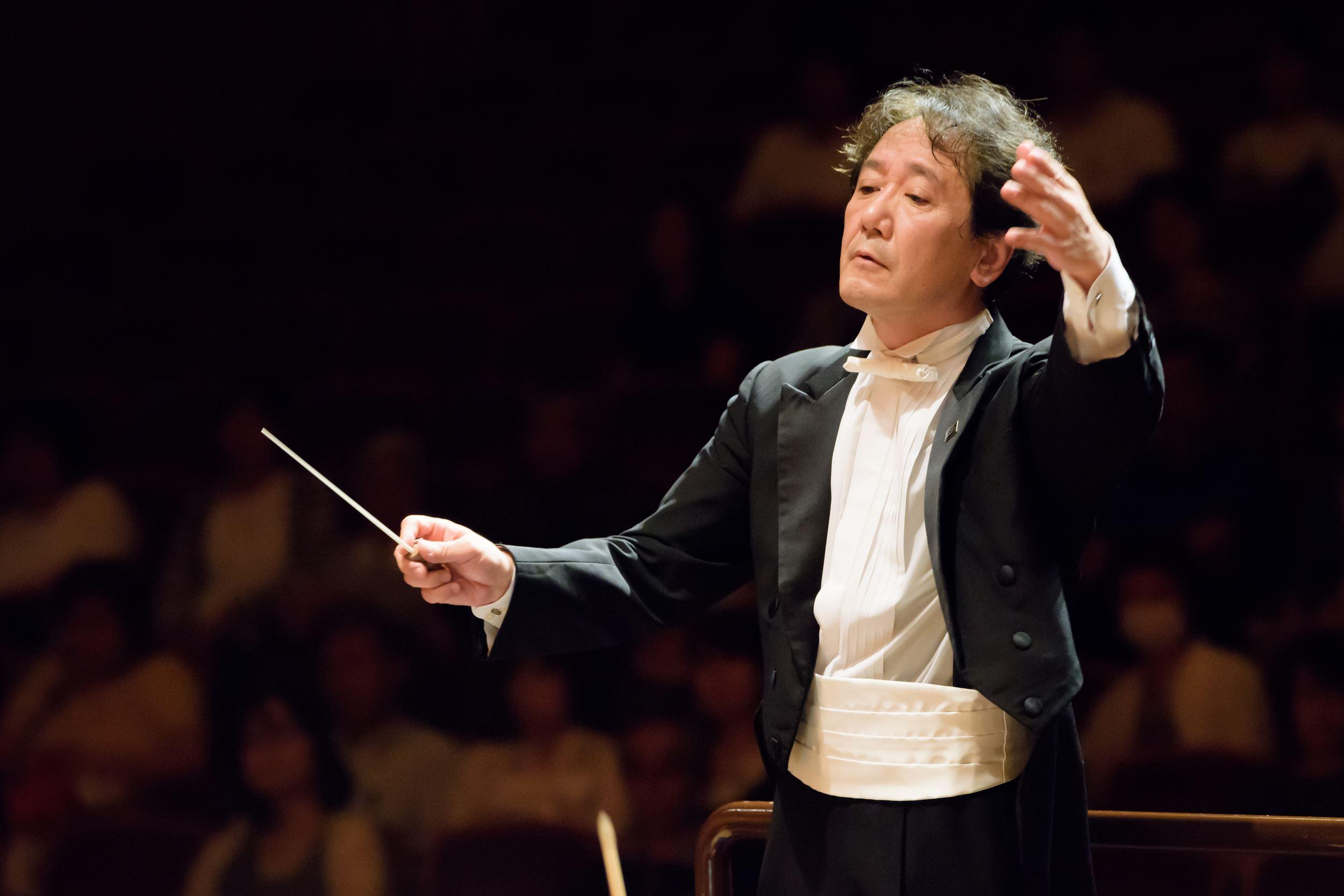常任指揮者 | 都民交響楽団